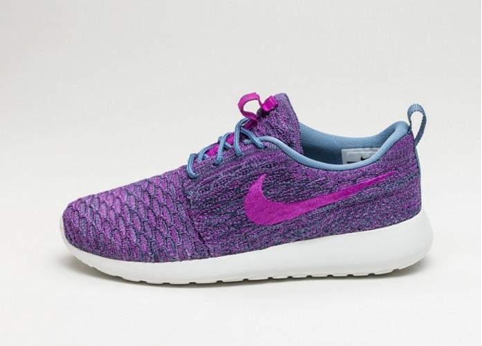 Женские кроссовки Nike Wmns Roshe One Flyknit (Ocean Fog / Vivid Purple - College Navy) | Интернет-магазин Sole