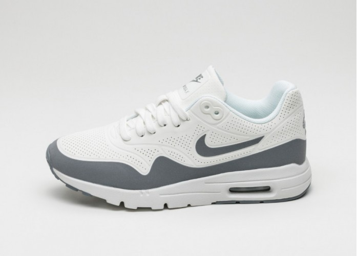 Женские кроссовки Nike Wmns Air Max 1 Ultra Moire (Summit White / Clear Grey - Metallic Silver - White) | Интернет-магазин Sole