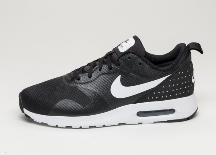 Мужские кроссовки Nike Air Max Tavas (Black / White - Black) | Интернет-магазин Sole