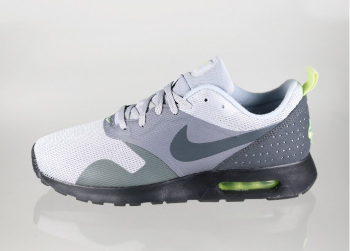 Мужские кроссовки Nike Air Max Tavas (Wolf Grey / Anthracite - Cool Grey - Black) | Интернет-магазин Sole