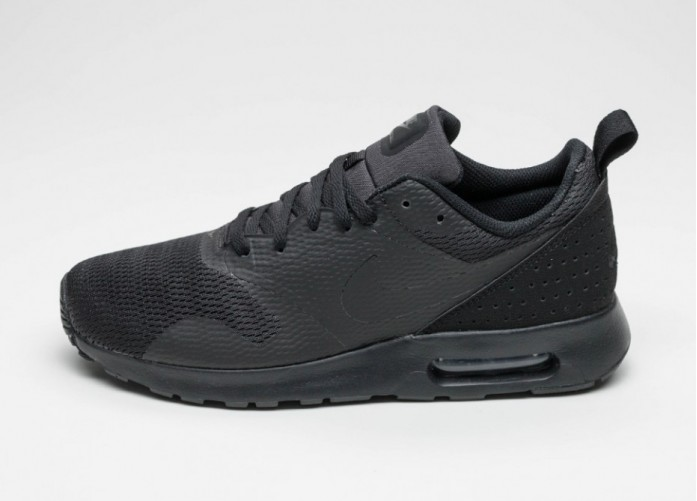 Мужские кроссовки Nike Air Max Tavas (Black / Black - Black) | Интернет-магазин Sole