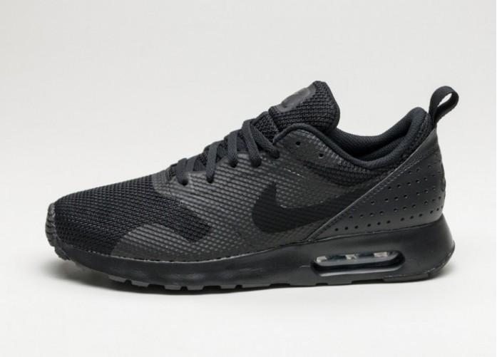 Мужские кроссовки Nike Air Max Tavas (Black / Black) | Интернет-магазин Sole