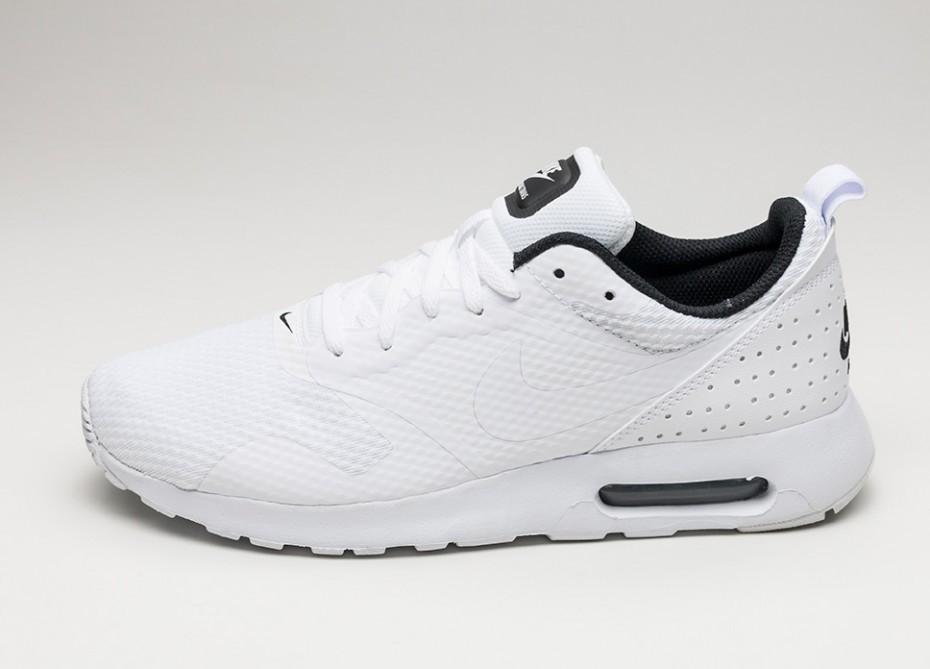 b1632693 Мужские кроссовки Nike Air Max Tavas (White / White - Black)   Интернет-
