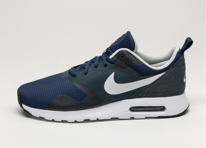 Мужские кроссовки Nike Air Max Tavas (Midnight Navy / Neutral Grey - Dark Obsidian) | Интернет-магазин Sole