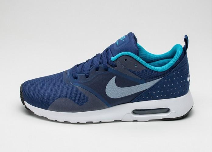 Мужские кроссовки Nike Air Max Tavas (Loyal Blue / White - Blue Lagoon - Black)   Интернет-магазин Sole