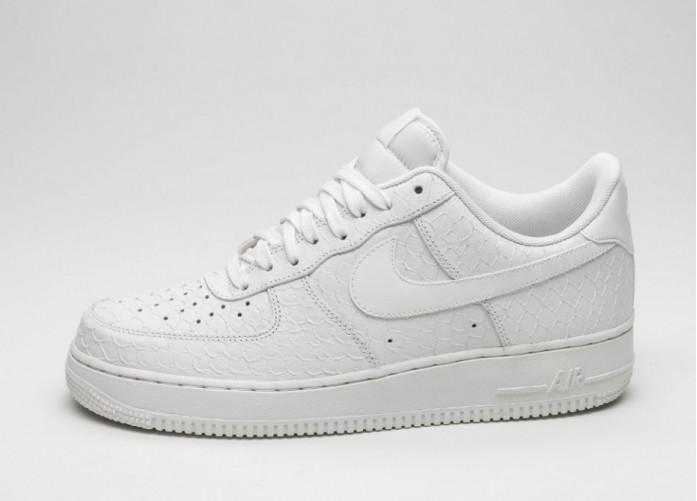Мужские кроссовки Nike Air Force 1 \'07 LV8 (White / Summit White - Summit White) | Интернет-магазин Sole