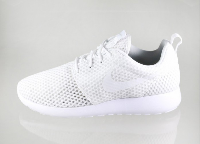 Мужские кроссовки Nike Roshe One BR (White / White - Wolf Grey) | Интернет-магазин Sole