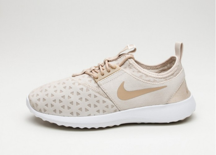 Женские кроссовки Nike Wmns Juvenate (Oatmeal / Linen - White) | Интернет-магазин Sole