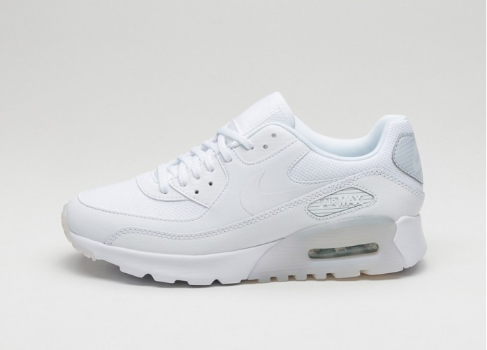 Мужские кроссовки Nike Wmns Air Max 90 Ultra Essential (White / White - Pure Platinum) | Интернет-магазин Sole
