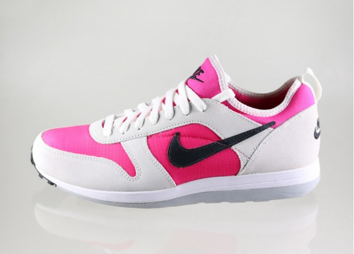 Мужские кроссовки Nike Archive 75 (Hot Pink / Black - Summit White) | Интернет-магазин Sole