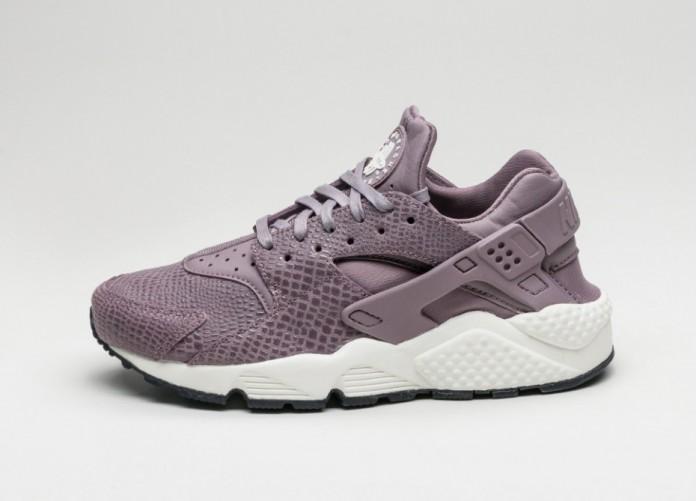 Мужские кроссовки Nike Wmns Air Huarache Run Print (Purple Smoke / Purple Smoke - Sail) | Интернет-магазин Sole