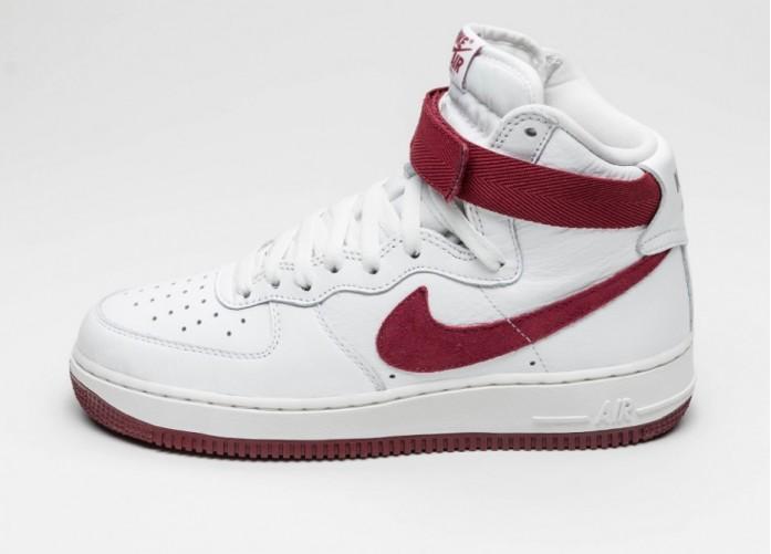 Мужские кроссовки Nike Air Force 1 Hi Retro QS *Team Red* (Summit White / Team Red) | Интернет-магазин Sole