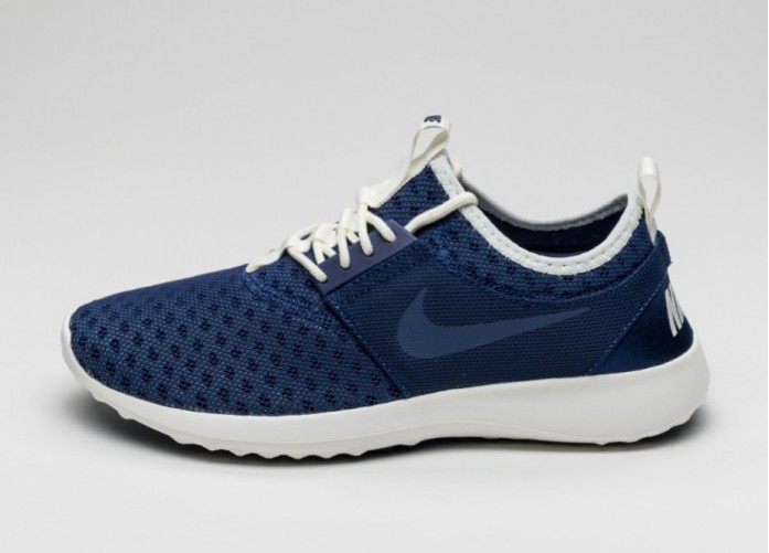 Мужские кроссовки Nike Juvenate (Loyal Blue / Loyal Blue - Sail) | Интернет-магазин Sole