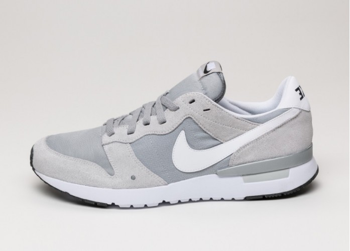 Мужские кроссовки Nike Archive 83 (Pure Platinum / White - Wolf Grey - Silver) | Интернет-магазин Sole