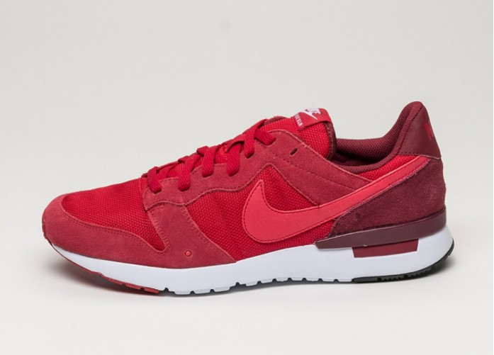 Мужские кроссовки Nike Archive \'83.M (Gym Red / Gym Red - Team Red - Premium Red) | Интернет-магазин Sole