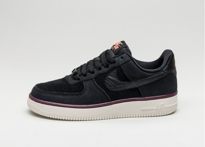 Мужские кроссовки Nike Wmns Air Force 1 07 Suede (Black / Black - Sail - Atomic Pink) | Интернет-магазин Sole