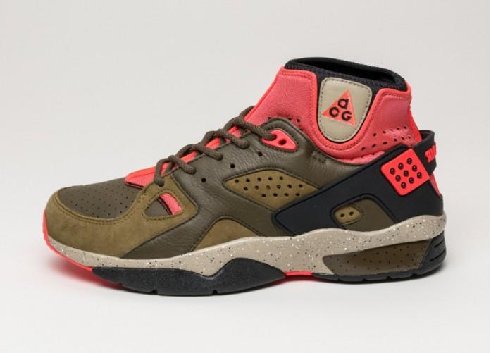 Мужские кроссовки Nike Mowabb OG (Militia Green / Black - Dark Loden - Bamboo) | Интернет-магазин Sole