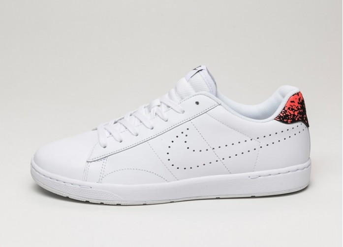 Мужские кроссовки Nike Tennis Classic Ultra Lthr (White / White - Hot Lava - Black) | Интернет-магазин Sole