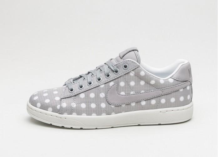 Мужские кроссовки Nike Wmns Tennis Classic Ultra Premium (Matte Silver / Matte Silver - Summit White) | Интернет-магазин Sole