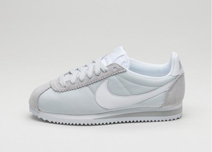 Мужские кроссовки Nike Wmns Classic Cortez Nylon (Pure Platinum / White) | Интернет-магазин Sole