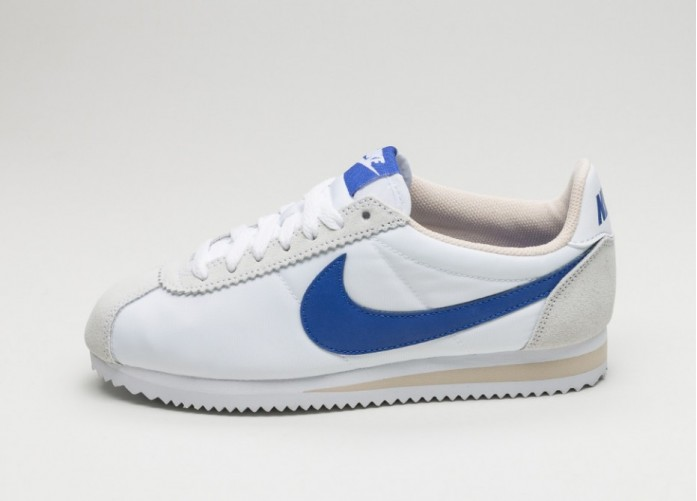 Женские кроссовки Nike Wmns Classic Cortez Nylon (White / Paramount Blue - Oatmeal)   Интернет-магазин Sole