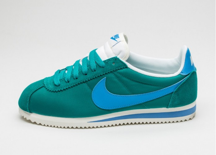 Мужские кроссовки Nike Classic Cortez Nylon (Rio Teal / Photo Blue - Sail) | Интернет-магазин Sole