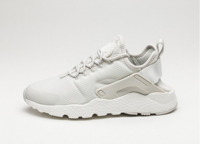 Мужские кроссовки Nike Wmns Air Huarache Run Ultra (Light Bone / Light Bone - Sail) | Интернет-магазин Sole