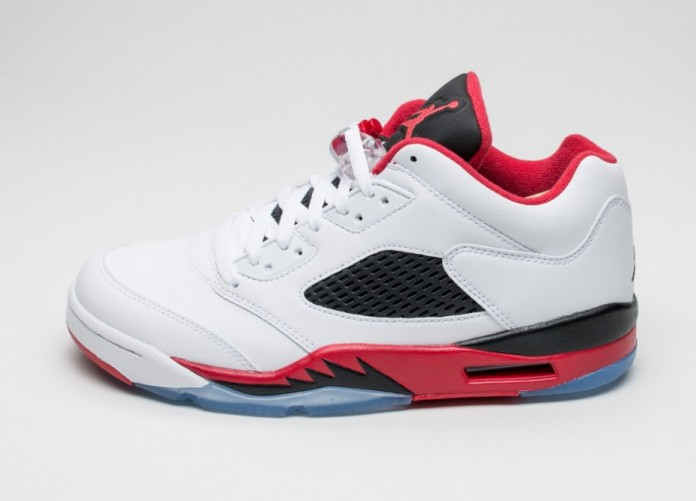 Мужские кроссовки Nike Air Jordan 5 Retro Low (White / Fire Red - Black) | Интернет-магазин Sole
