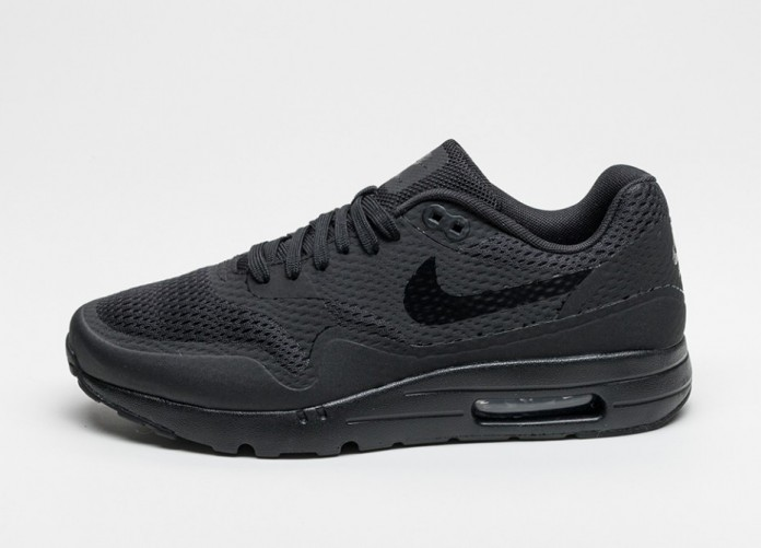 Мужские кроссовки Nike Air Max 1 Ultra Essential (Black / Black - Black) | Интернет-магазин Sole
