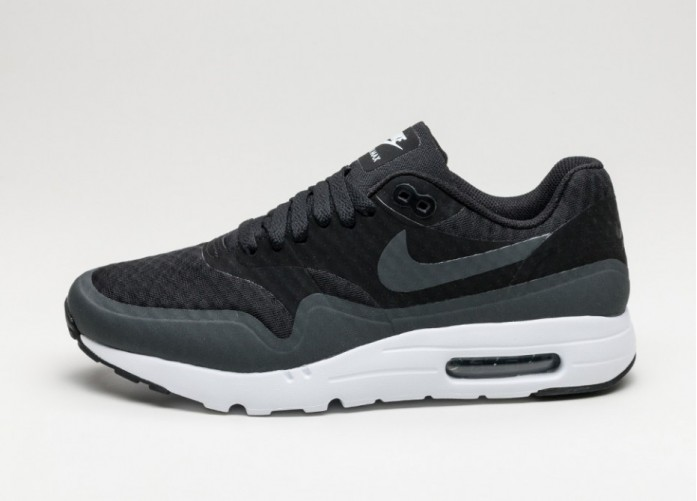 Мужские кроссовки Nike Air Max 1 Ultra Essential (Black / Anthracite - White) | Интернет-магазин Sole