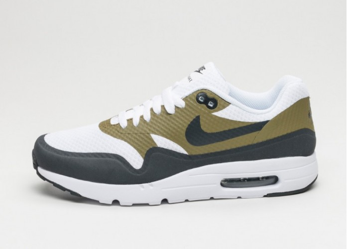 Мужские кроссовки Nike Air Max 1 Ultra Essential (White / Anthracite - Olive Flak - White) | Интернет-магазин Sole