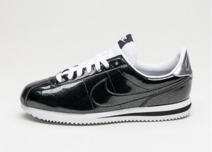 Мужские кроссовки Nike Classic Cortez Basic Premium QS (Black / Black - White - Metallic Silver) | Интернет-магазин Sole