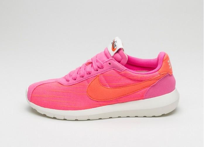 Мужские кроссовки Nike Wmns Roshe LD-1000 (Pink Blast / Total Crimson - Sail - Black) | Интернет-магазин Sole