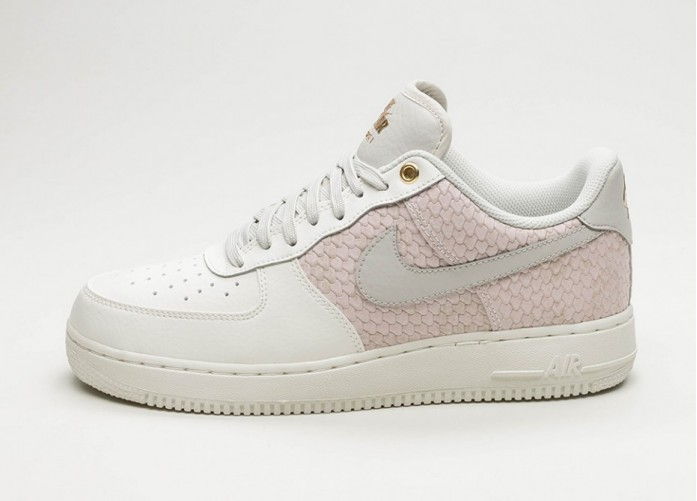 Мужские кроссовки Nike Air Force 1 '07 LV8 (Sail / Light Bone - Metallic Gold) | Интернет-магазин Sole