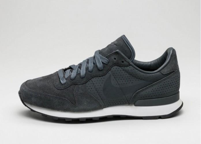 Мужские кроссовки Nike Internationalist LX (Anthracite / Anthracite - Summit White - Black) | Интернет-магазин Sole