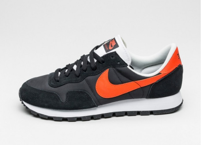 Мужские кроссовки Nike Air Pegasus 83 (Black / Team Orange - Summit White - Pure Platinum) | Интернет-магазин Sole