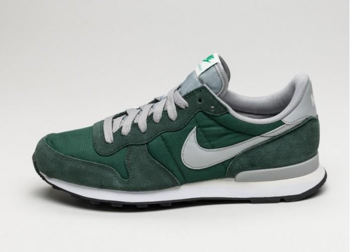 Мужские кроссовки Nike Internationalist (Gorge Green / Matte Silver - Grove Green) | Интернет-магазин Sole
