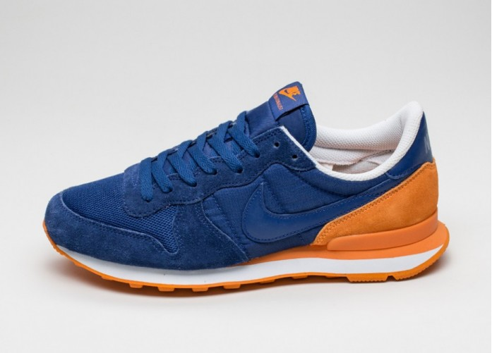 Мужские кроссовки Nike Internationalist (Deep Royal Blue / Deep Royal Blue - Vivid Orange) | Интернет-магазин Sole
