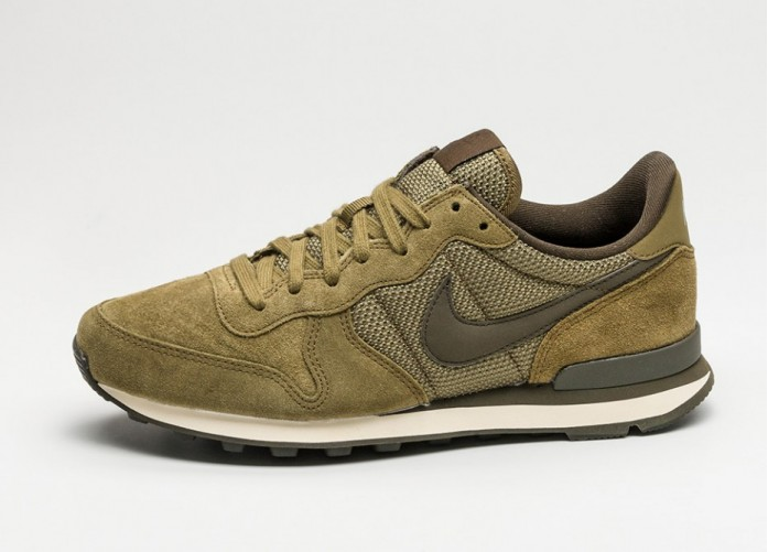 Мужские кроссовки Nike Internationalist PRM (Olive Flak / Dark Loden - Cashmere) | Интернет-магазин Sole