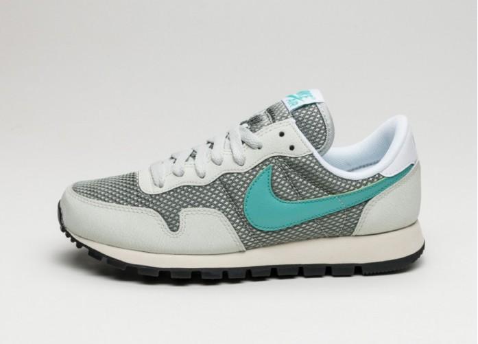 Женские кроссовки Nike Wmns Air Pegasus 83 (Light Silver / Washed Teal - White - Flat Opal) | Интернет-магазин Sole