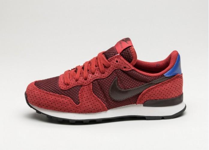 Мужские кроссовки Nike Wmns Internationalist PRM (Dark Cayenne / Baroque Brown) | Интернет-магазин Sole