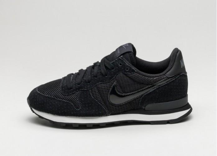 Мужские кроссовки Nike Wmns Internationalist (Black / Black - Dark Grey - Summit White) | Интернет-магазин Sole