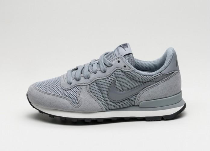 Мужские кроссовки Nike Wmns Internationalist (Stealth / Stealth - Dark Grey - Summit White) | Интернет-магазин Sole