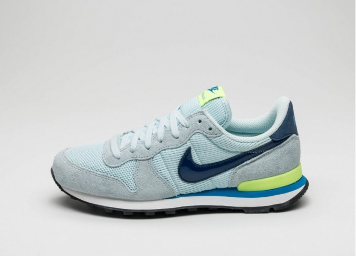 Мужские кроссовки Nike Wmns Internationalist (Glacier Blue / Coastal Blue - Volt) | Интернет-магазин Sole
