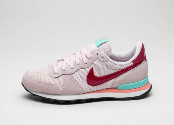 Мужские кроссовки Nike Wmns Internationalist (Pearl Pink / Noble Red - Hyper Turq - Atomic Pink) | Интернет-магазин Sole