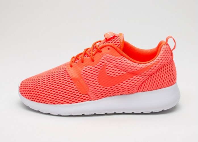 Мужские кроссовки Nike Roshe One Hyp BR (Total Crimson / Total Crimson - White) | Интернет-магазин Sole