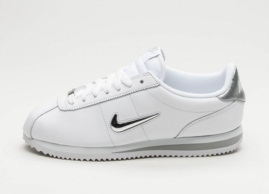 256569fa Мужские кроссовки Nike Cortez Basic Jewel (White / Metallic Silver) |  Интернет-магазин