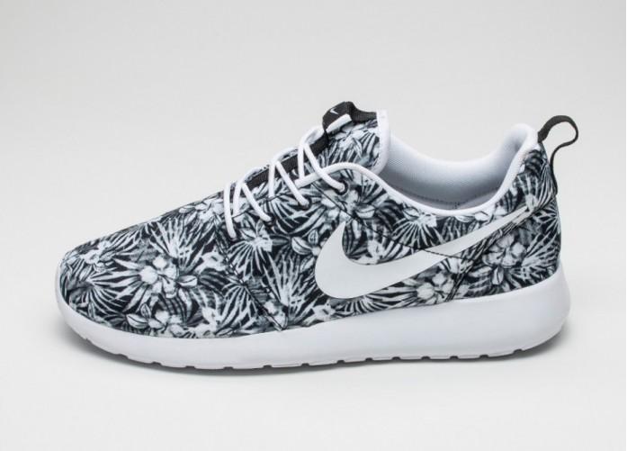 Мужские кроссовки Nike Roshe One Print PREM (Black / White) | Интернет-магазин Sole