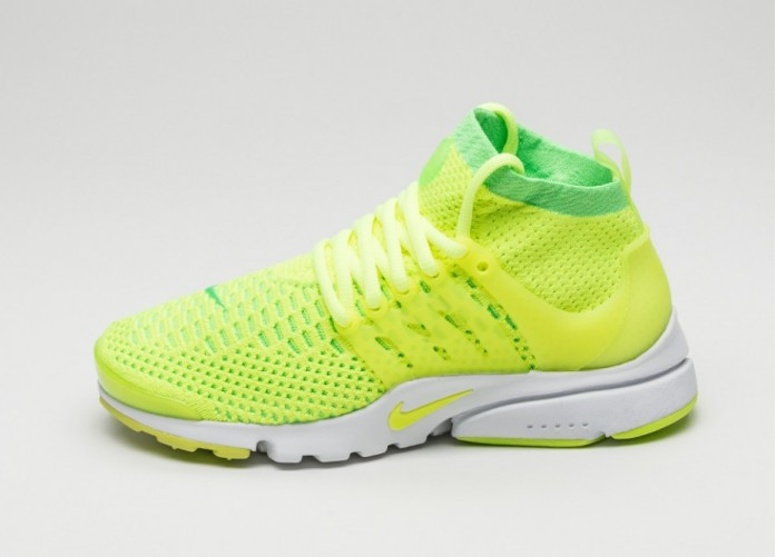 Мужские кроссовки Nike Wmns Air Presto Flyknit Ultra (Voltage Green / Volt - White - Black) | Интернет-магазин Sole