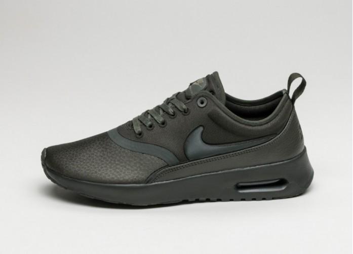 Женские кроссовки Nike Wmns Air Max Thea Ultra PRM (Sequoia / Sequoia - Medium Olive) | Интернет-магазин Sole